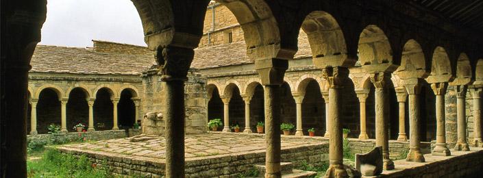 Claustro catedral Roda